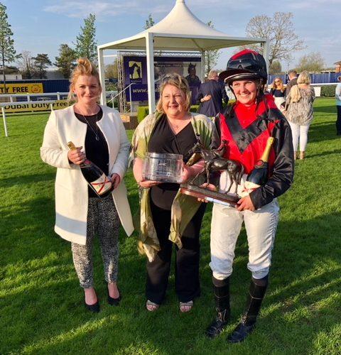 Miskin Wins Charity race at Newbury!