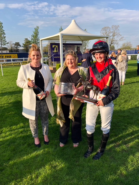 Miskin Wins Charity race at Newbury!